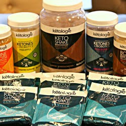 An assortment of products by Ketologie Keto Shake