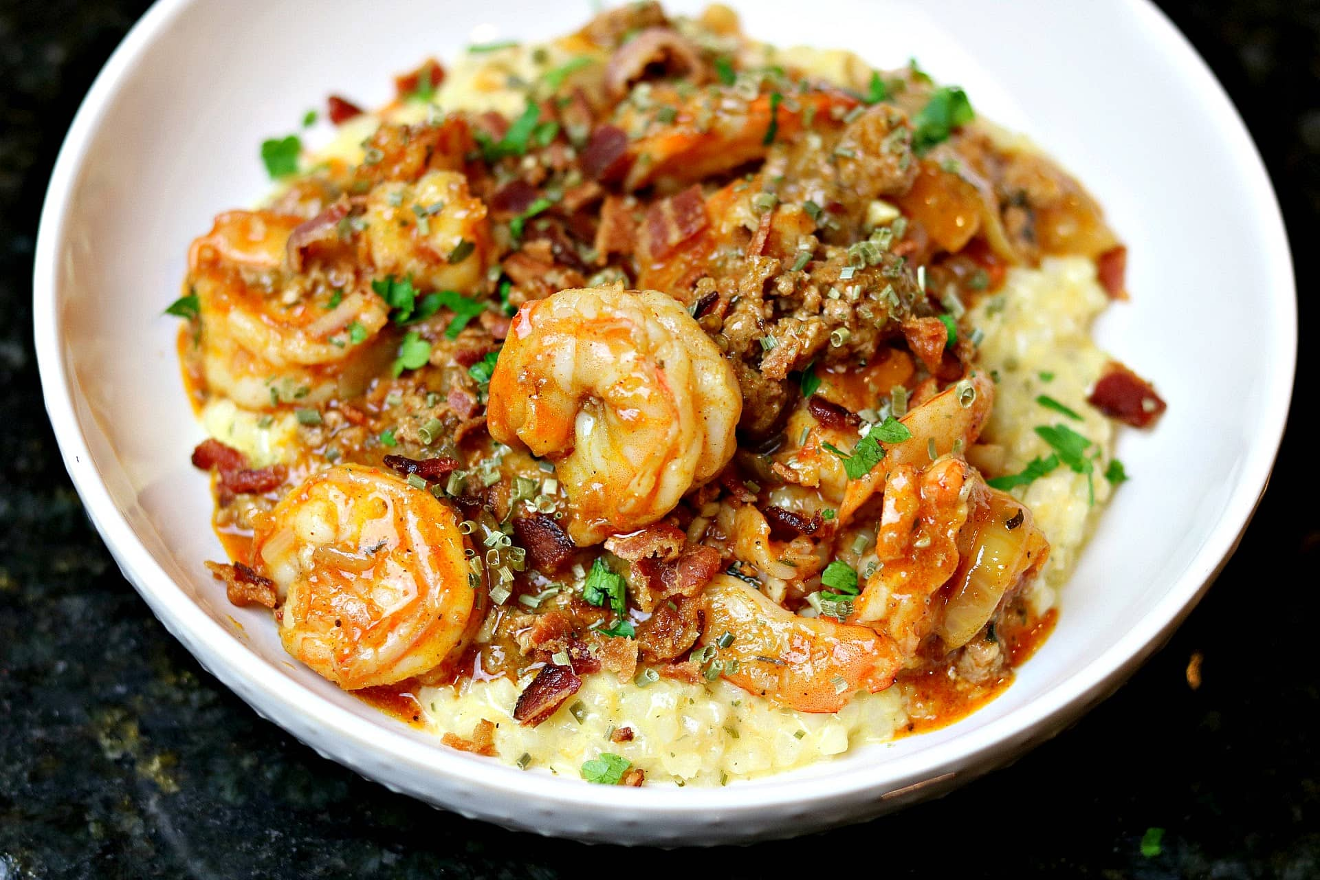 keto shrimp and grits in a bowl