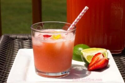 Sugar-free Strawberry Limeade in a glass cup