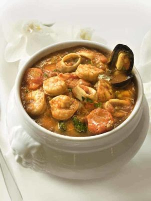Cioppino Seafood Stew in a bowl