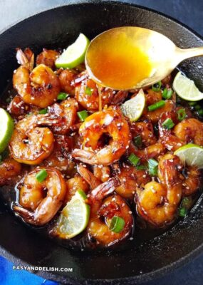 garlic honey shrimp in a skillet